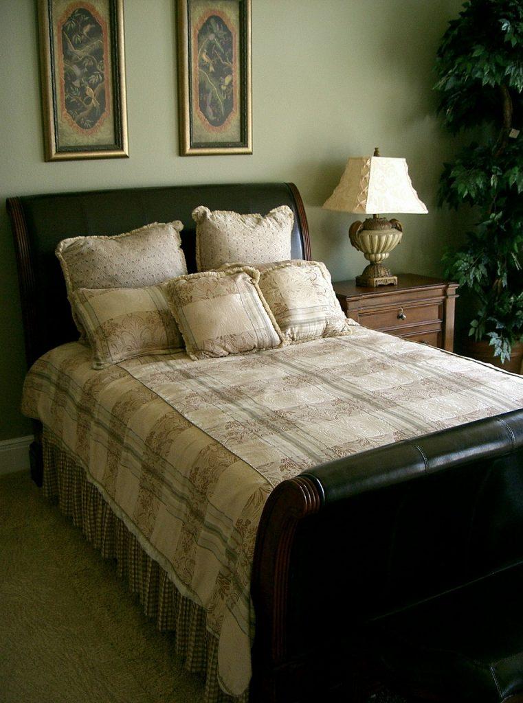 home décor, interior design, bedroom